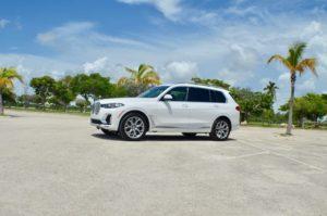 Аренда BMW X7 в Майами